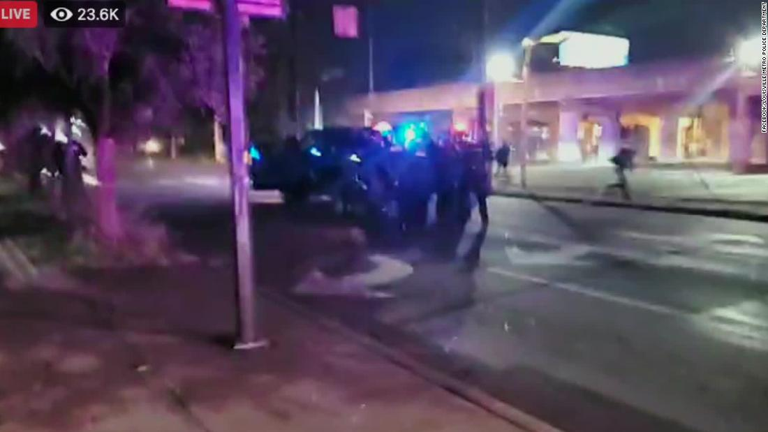 200923212125 louisville metro police shooting live stream protest super 169 twg9Hq