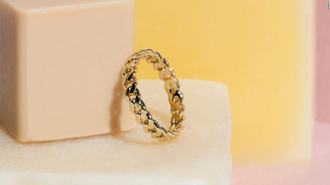 210121115303 vday aurate love me knot ring super 169 UFf3S8