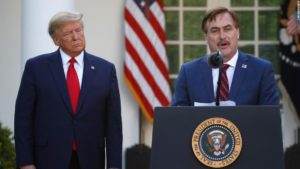 210804154518 trump mike lindell march 2020 super 169 Grw46P
